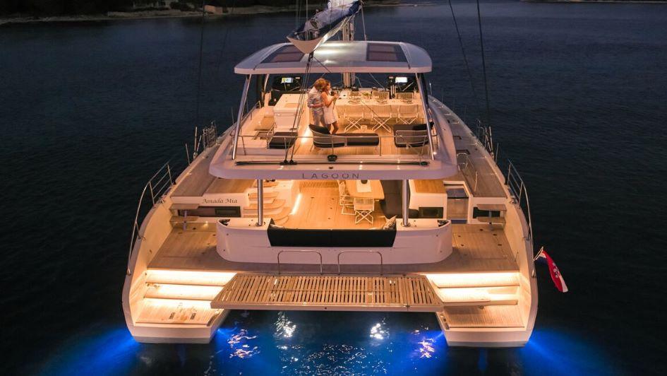 catamaran-charter-croatia-lagoon-sixty-5.jpg