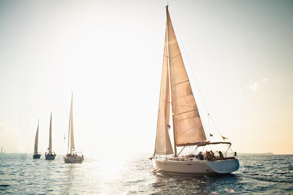 charter-tips-info-sailing-yacht.jpg