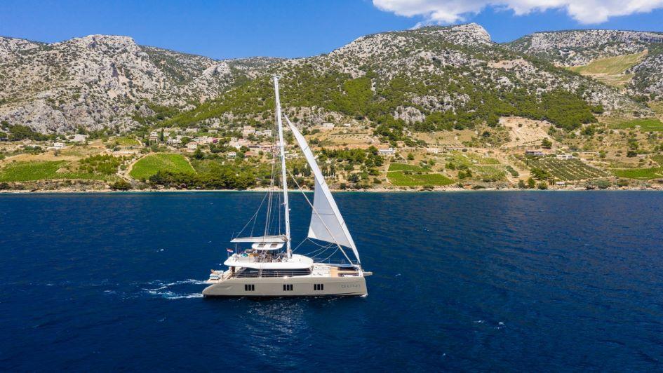 crewed-luxury-catamaran-charter-croatia-sunreef-60-vulpino.jpg