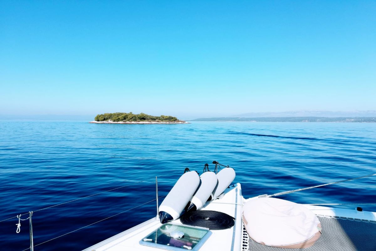 Reasons to Charter a Yacht & Sail in Croatia 2021.