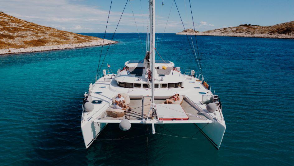 lagoon-570-mala-catamaran-charter-croatia.jpg
