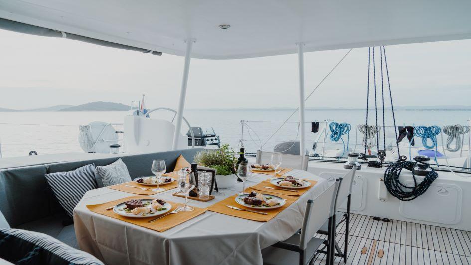 lagoon-570-mala-sailing-holidays-croatia.jpg