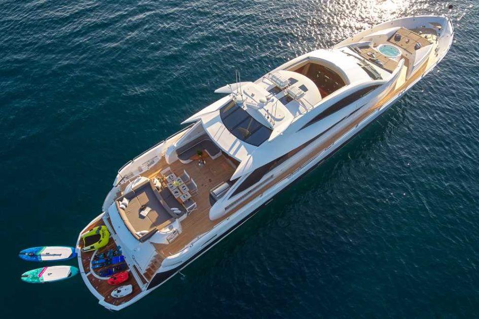 luxury-yacht-charter-guide-croatia-sunseeker-100-quantum.jpg