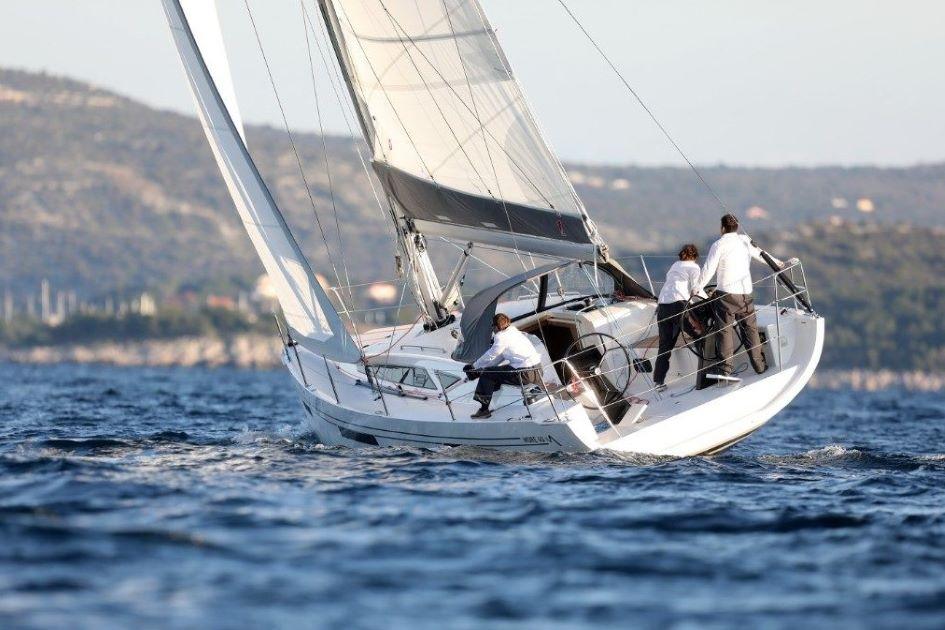 more-40-performance-sailboat-charter-trogir.jpg