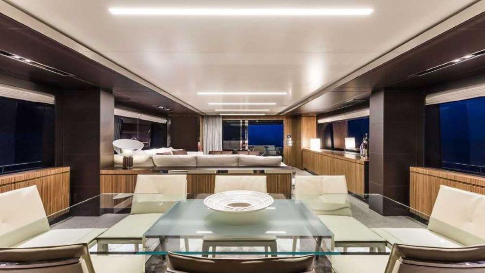 riva-100-corsaro-interior-design.jpg