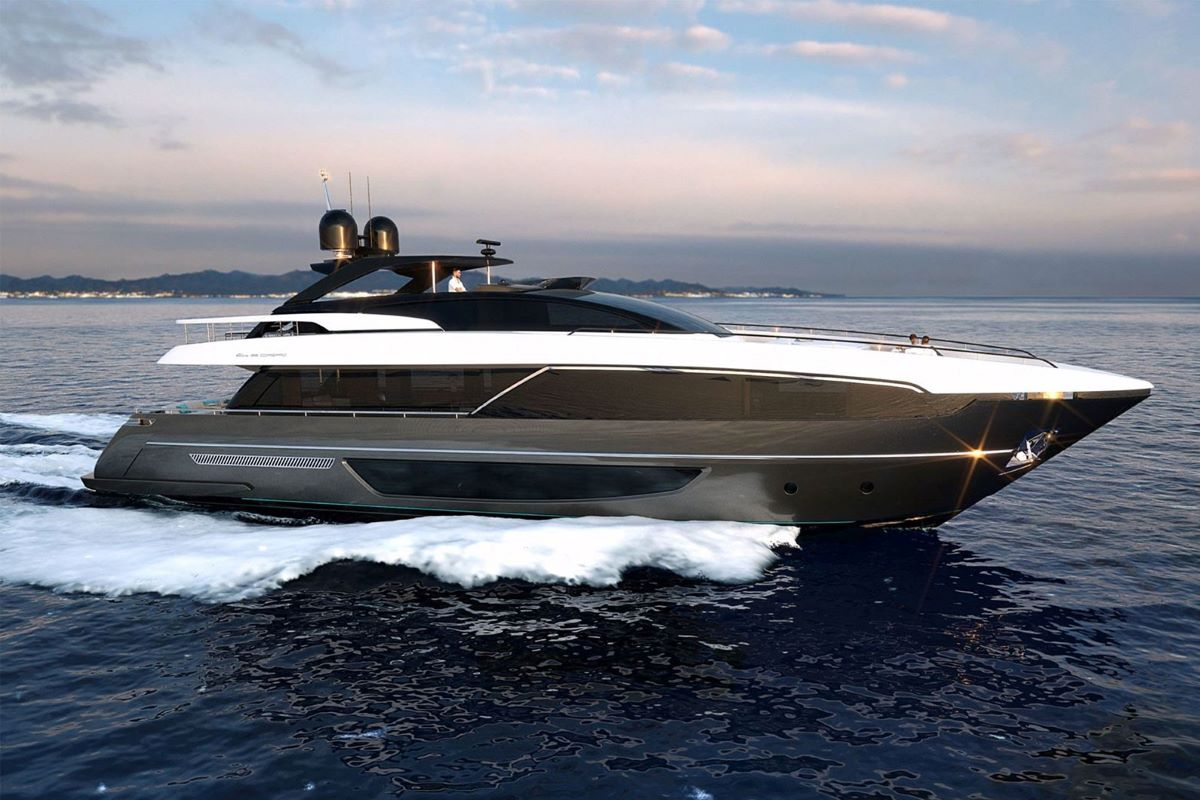 Riva 100 - The ultimate touch of luxury on the sea!
