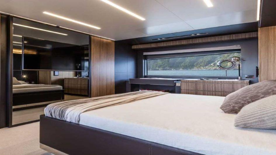 riva-100-master-cabin-design.jpg
