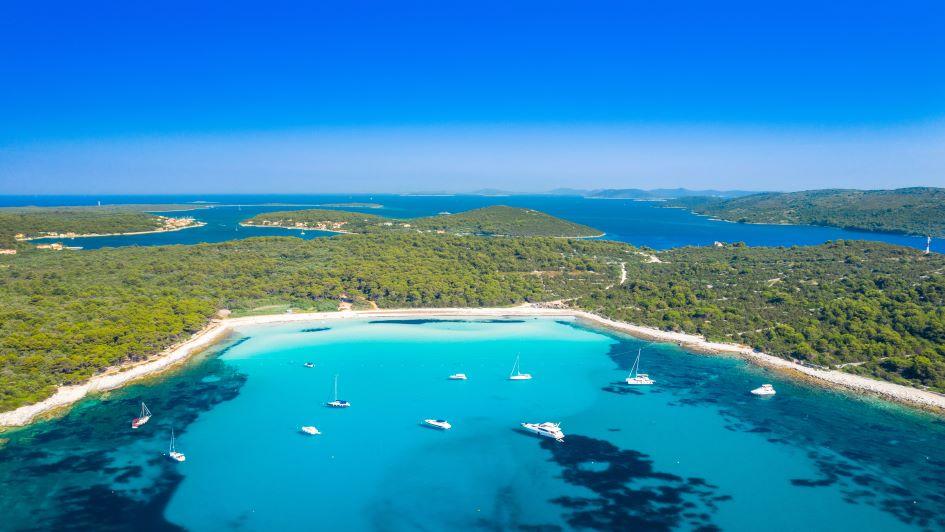 sakarun-beach-dugi-otok-sailing-in-croatia.jpg