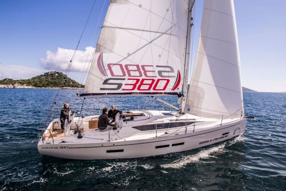 salona-380-performance-sailboat-charter-croatia.jpg