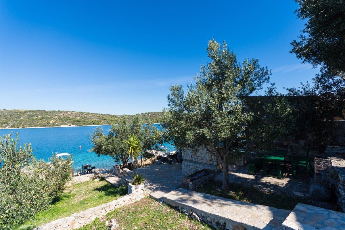 Heavenly retreat on St. Eufemia island
