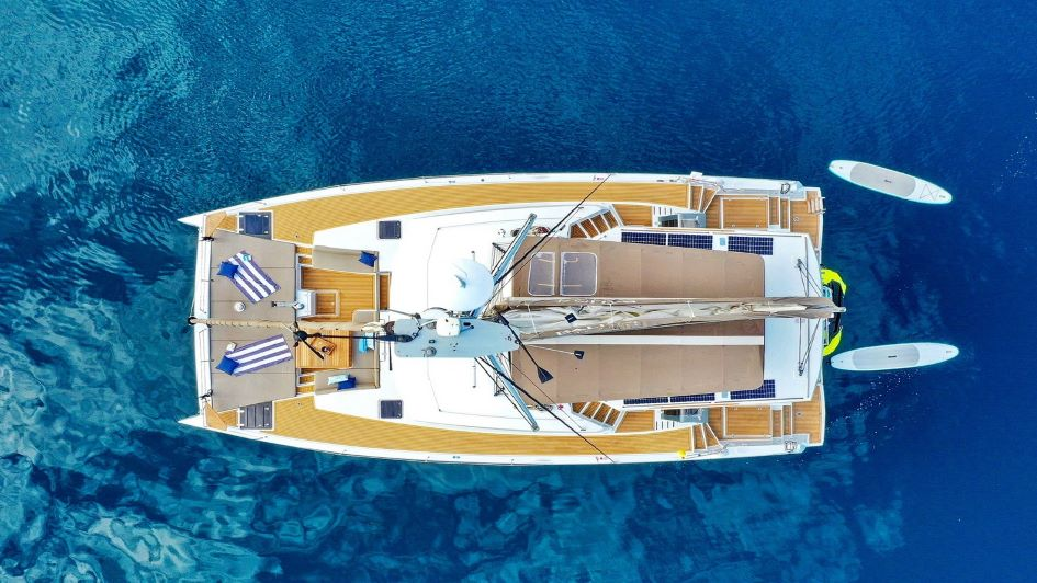 skippered-catamaran-charter-croatia-bali-5-4.jpg
