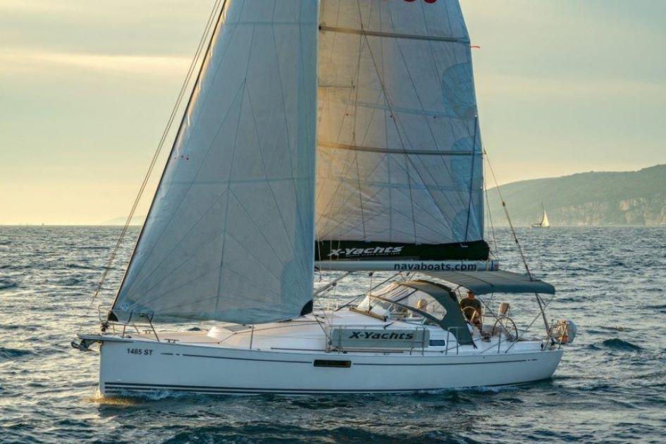 x-yacht-xc35-performance-sailboat-charter-split.jpg