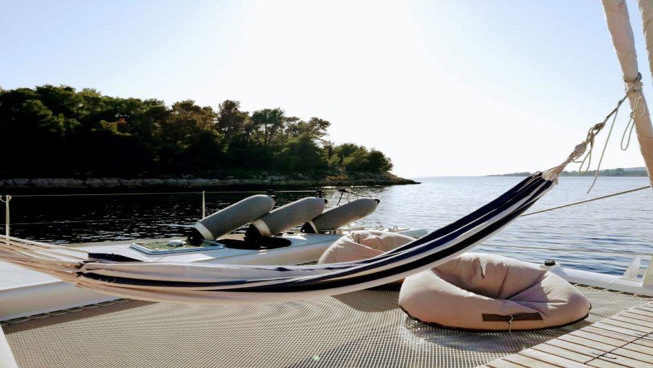 yacht-charter-sailing-croatia-safe-travel-2021.jpeg