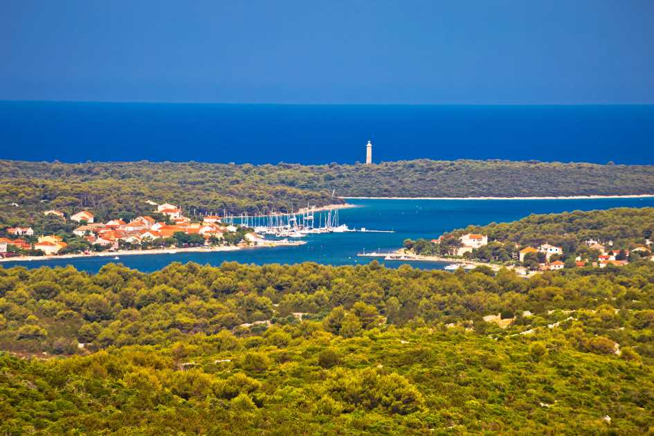 middle-adriatic-zadar-region-dugi-otok-veli-rat-yachts-marina-baotic.jpg