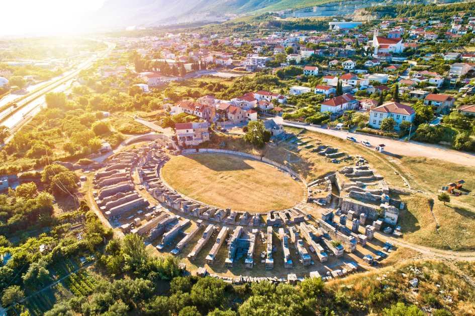ancient-salona-amphiteatre-split-dalmatia-croatia.jpg