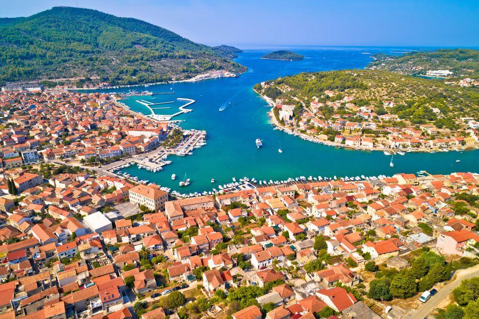 bay-of-vela-luka-korcula-island-south-adriatic-croatia.jpg
