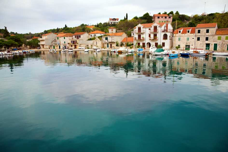 drrvenik-veliki-village-trogir-archipelago-dalmatia-secret-adriatic.jpg