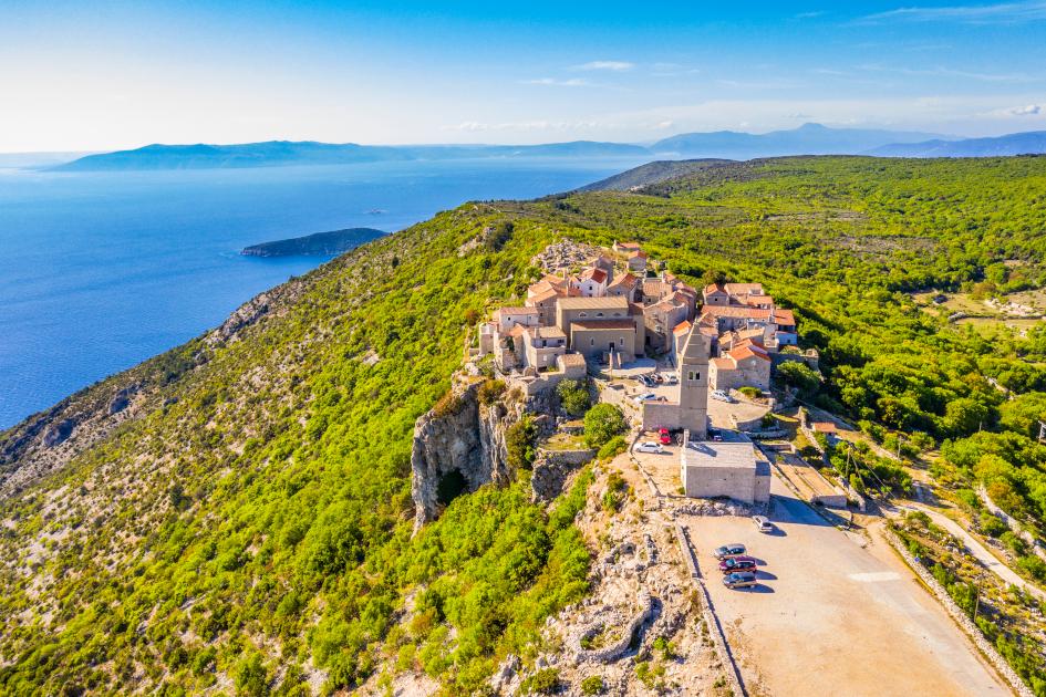 island-cres-small-village-lubenice-secret-adriatic.jpg