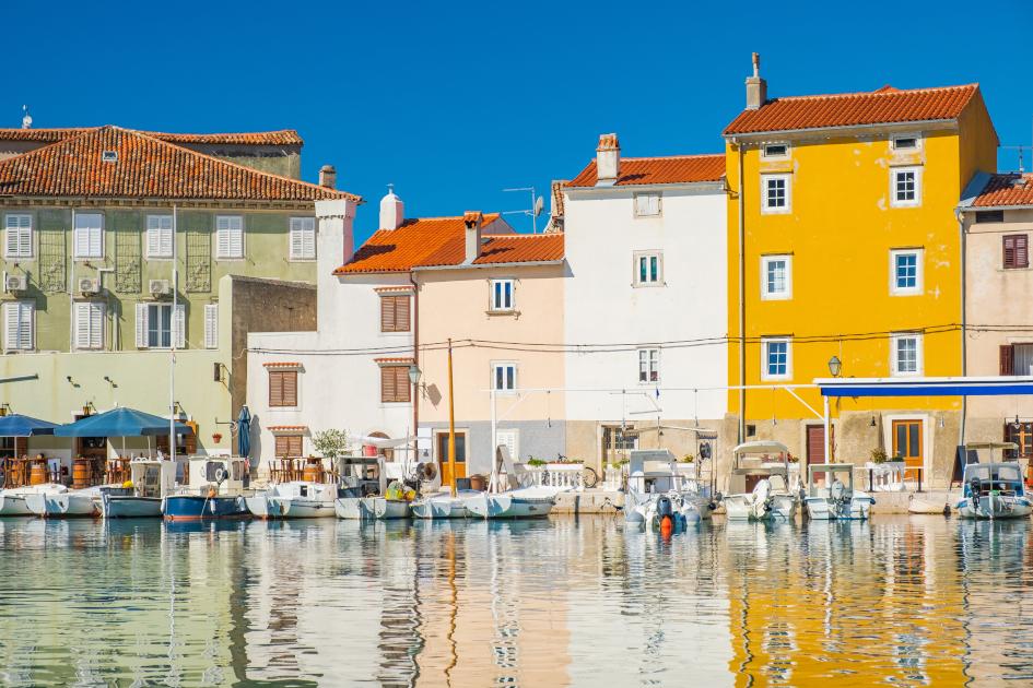 island-cres-waterfront-old-town-cres-secret-adriatic.jpg