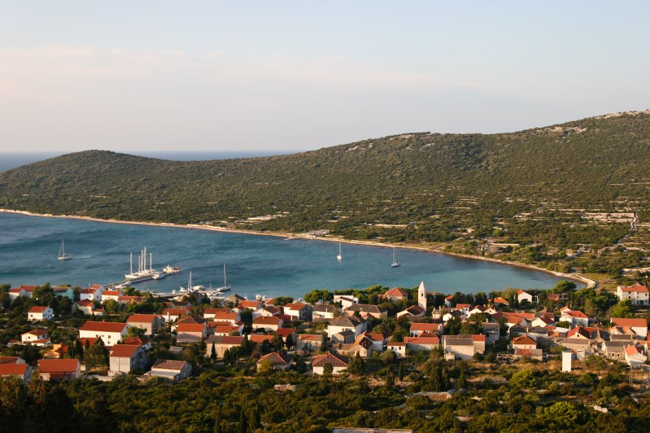 island-ist-north-adriatic-sailing-in-croatia.jpg