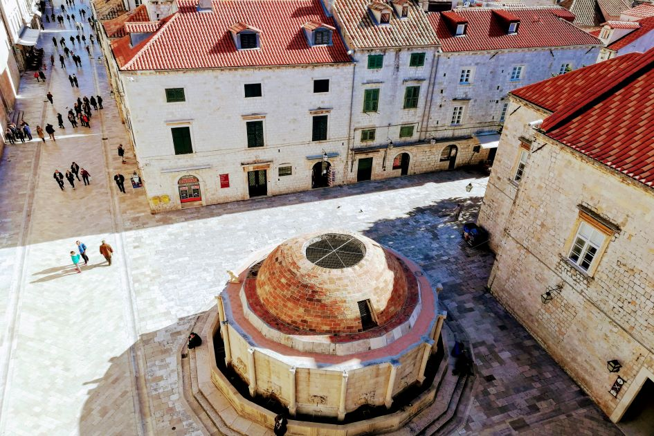 large-onofrios-fountain-dubrovnik-south-adriatic.jpg