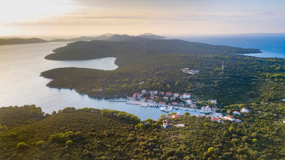 middle-adriatic-island-molat-port-secret-adriatic.jpg