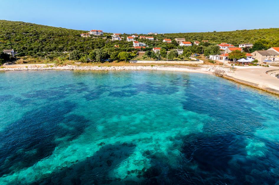 middle-adriatic-island-premuda-port-secret-adriatic.jpg