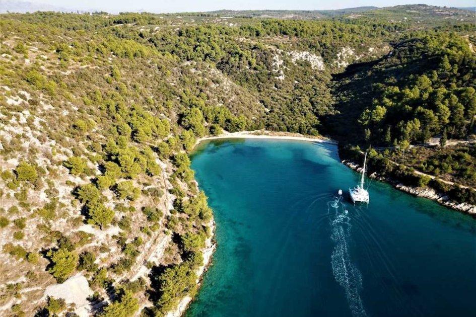 middle-adriatic-region-brac-secret-adriatic-milna.jpg