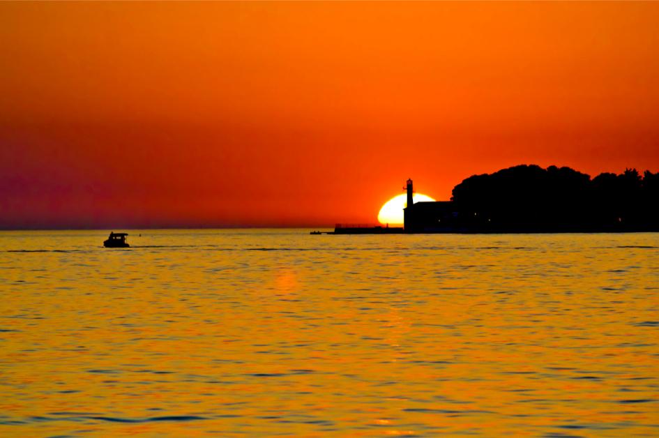 middle-adriatic-zadar-city-sunset-secret-adriatic.jpg
