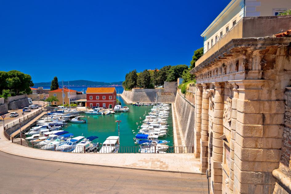 middle-adriatic-zadar-city-walls-secret-adriatic-main.jpg