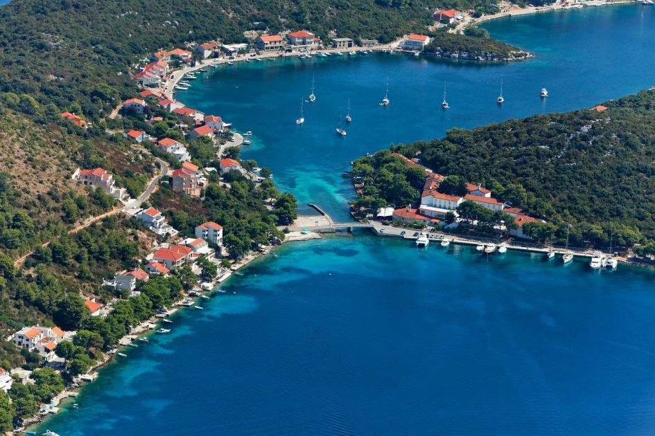 pasadur-lastovo-sailing-in-croatia.jpg