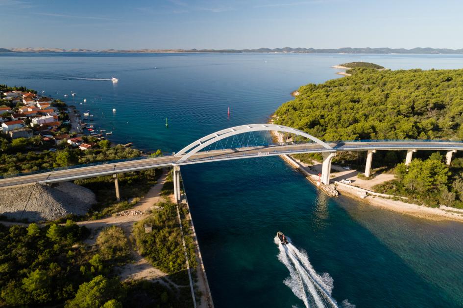 pasman-bridge-between-ugljan-and-pasman-sailing-route-croatia.jpg
