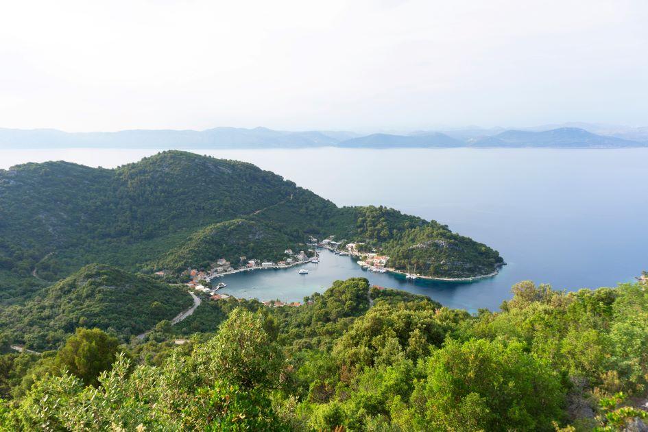 polace-anchorage-mljet-island-croatia.jpg
