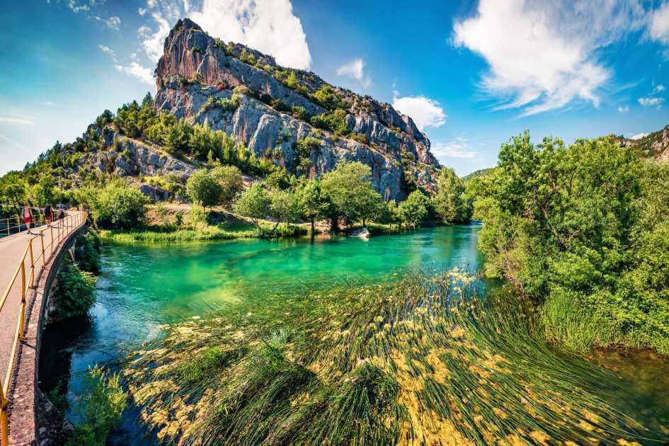 roski-slap-krka-waterfalls-dalmatia-croatia.jpg