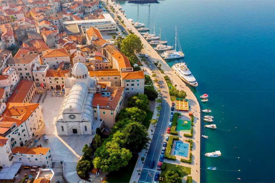 st-john-cathedral-unesco-heritage-sibenik-middle-adriatic-croatia.jpg