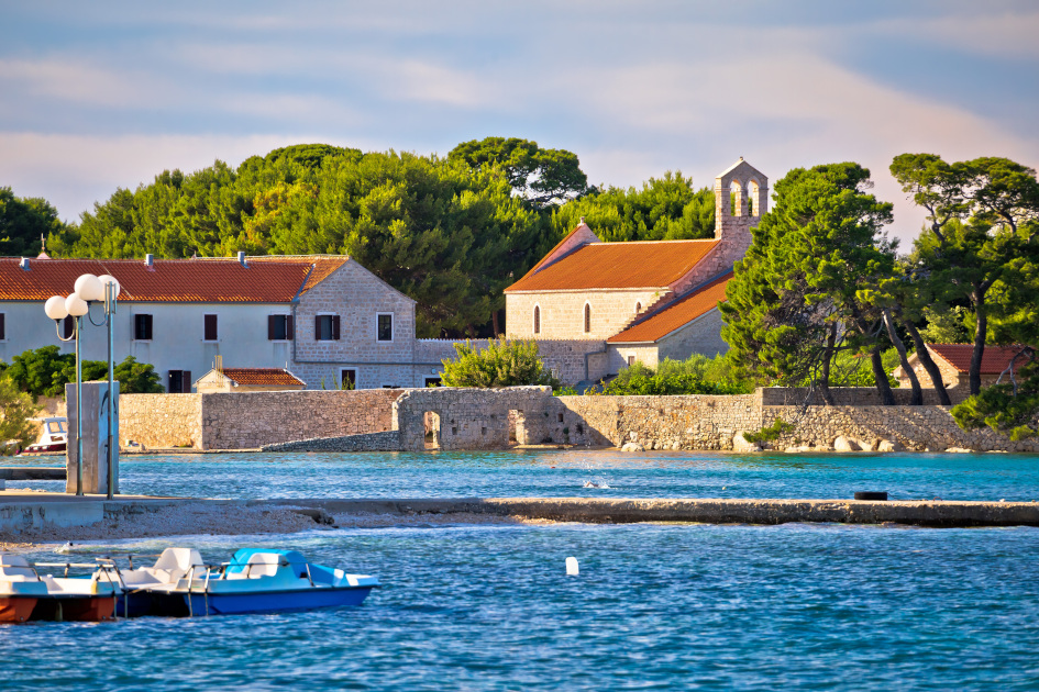 ugljan-town-ugljan-island-croatia.jpg