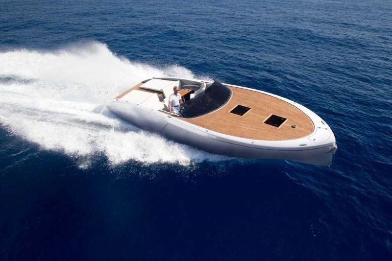 Frauscher 1017 GT luxury motor boat rent from Split, Dalmatia, Croatia