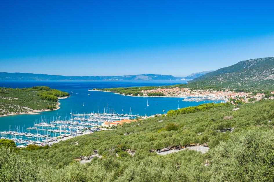 14-days-sailing-itinerary-pula-cres-secret-adriatic.jpg