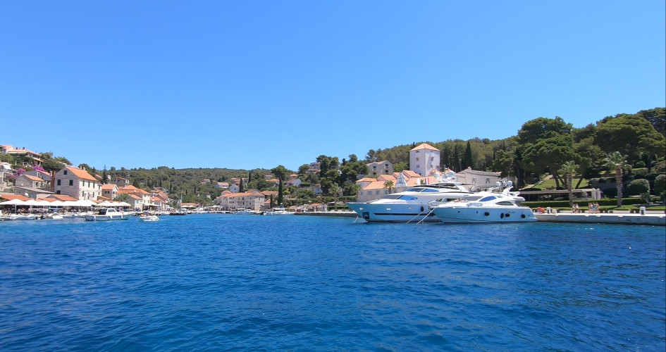 7-days-sailing-from-rogoznica-secret-adriatic-maslinica-solta.jpg