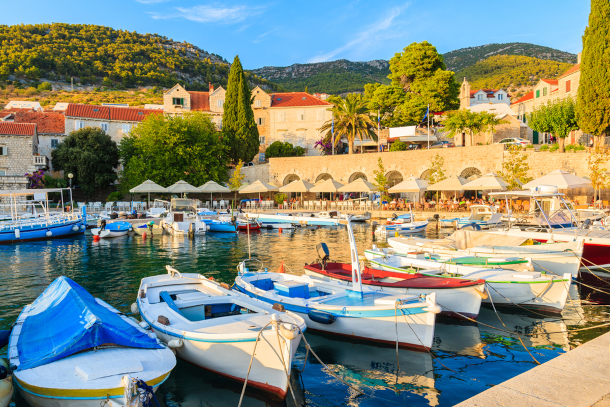 Daily boat rent – A perfect route from Trogir & Split