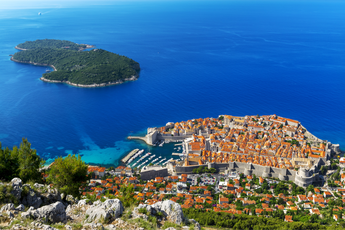 ONE WAY sailing route Dubrovnik - Trogir/Split