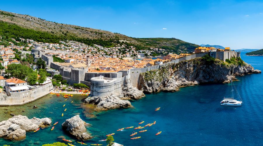 one-way-yacht-charter-split-dubrovnik-sailing-itinerary-croatia.jpg