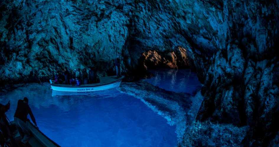sailing-with-children-itinerary-recommended-routes-in-croatia-secret-adriatic-blue-cave.jpg