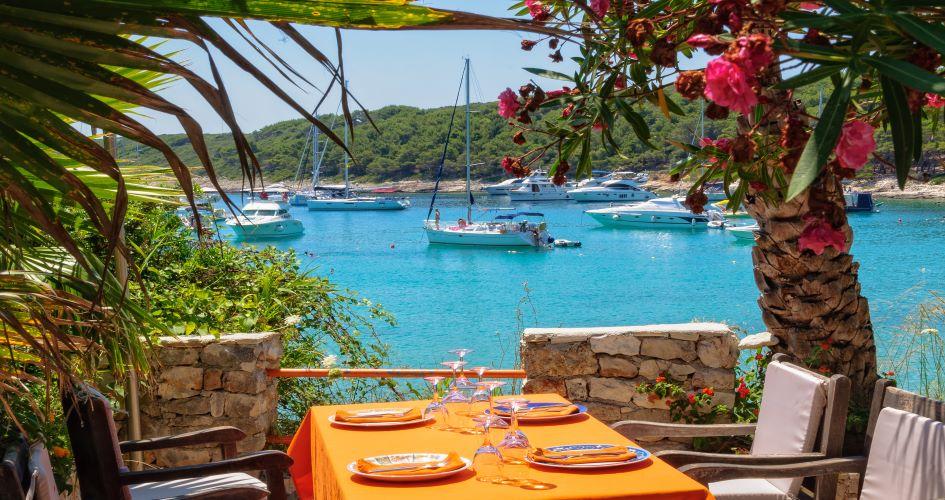 wine-tasting-sailing-itinerary-split-croatia-milna-hvar.jpg