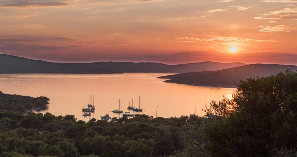 zadar-sailing-route-south-7-days-muline-anchorage-ugljan-island.jpg