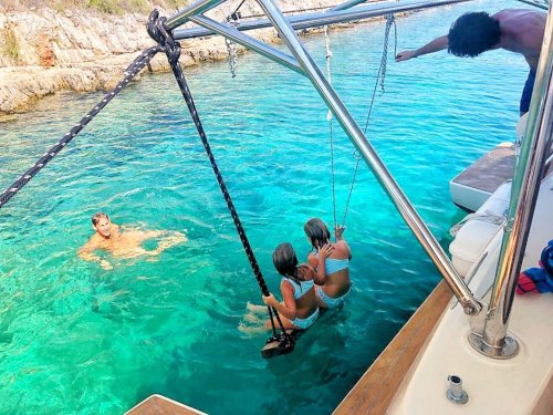 skippered-yacht-charter-secret-adriatic-snorkeling.jpg