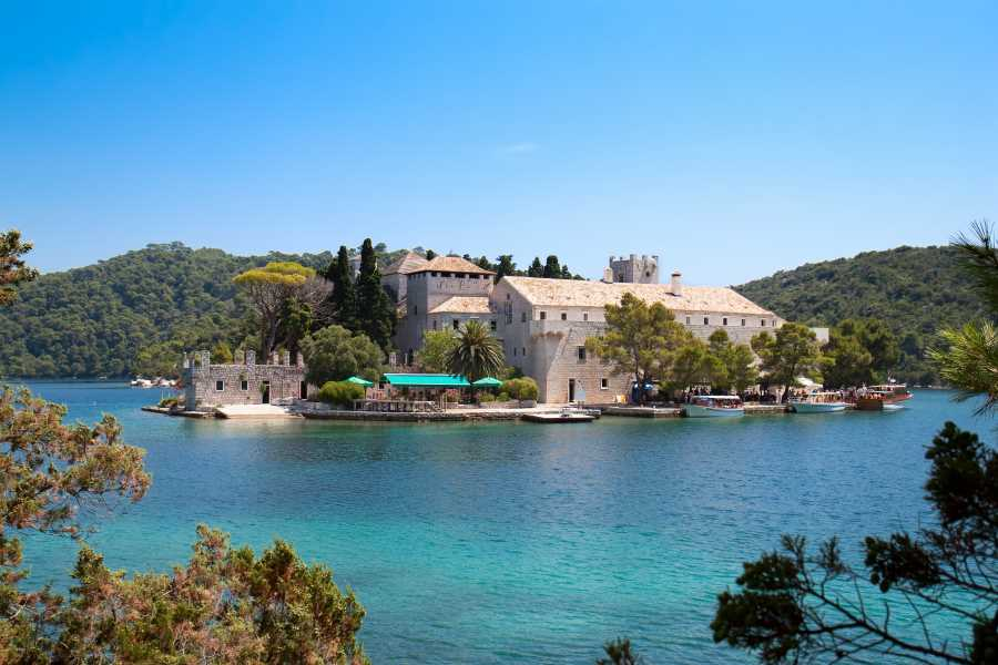 Luxury boat trip from Dubrovnik to Mljet