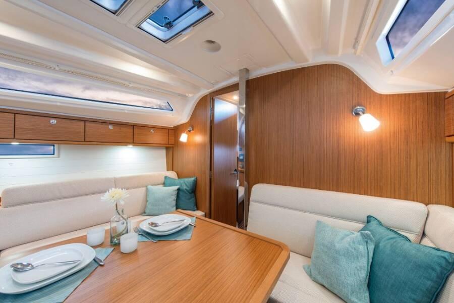 Bavaria Cruiser 37 SNELLY