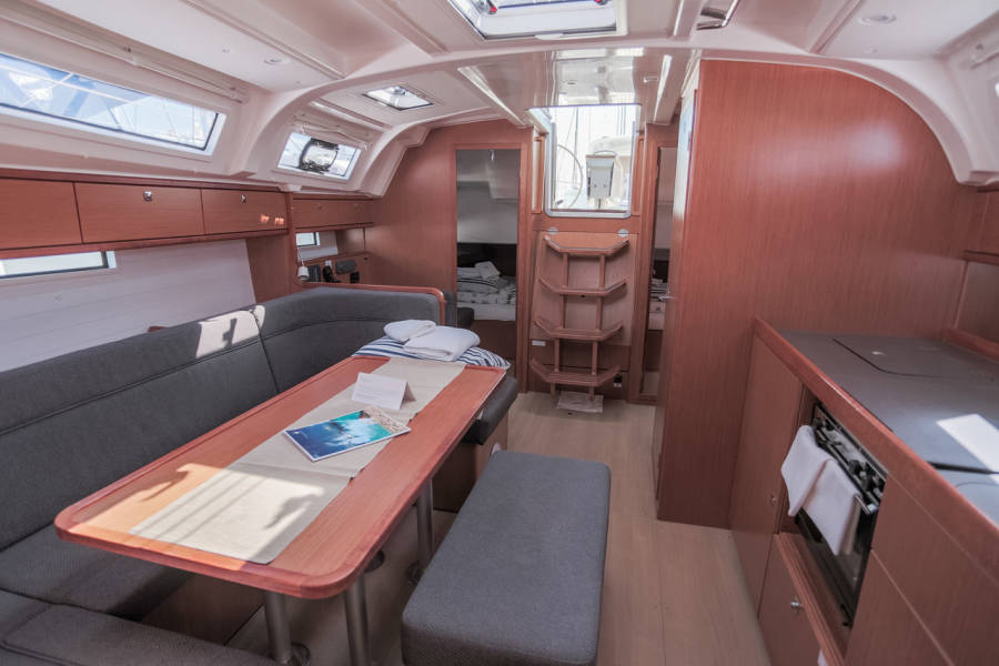 Bavaria Cruiser 41 Julie