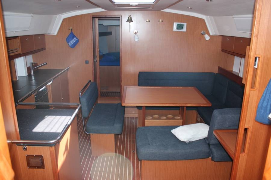 Bavaria Cruiser 45 Bella Blue